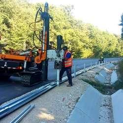 Път II-49 Търговище-Разград - изпълнение стоманени предпазни огради